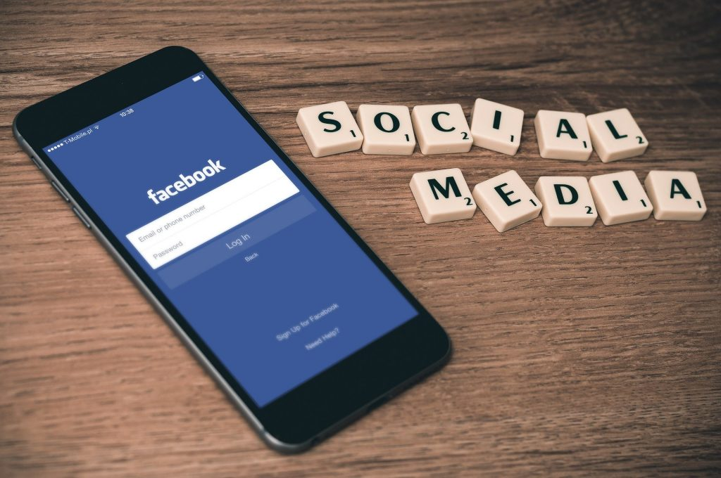 Facebook Ads_La foto mostra la schermata di Facebook