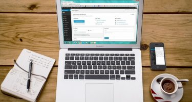Crea un blog con wordpress_l'immagine mostra un pc